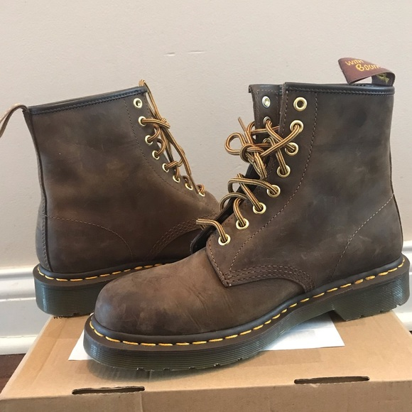 preview of shades of big selection Doc Martens 1460 Crazy Horse